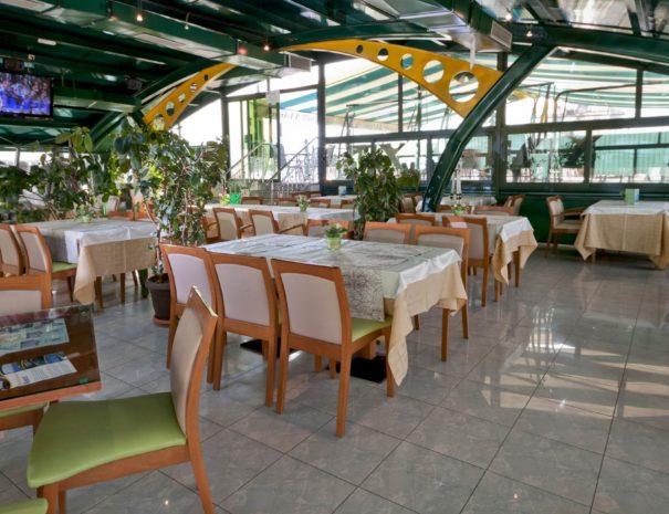restaurant-family03